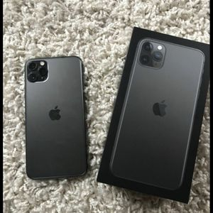 IPHONE 11 PRO MAX 64Gbs for Sale in Nashville, TN