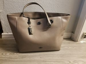 Coach Authentic Leather Tote Large Bag for Sale in Houston, TX