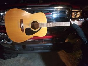 Yamaha 🎸 guitar good condition SW area for Sale in Bakersfield, CA