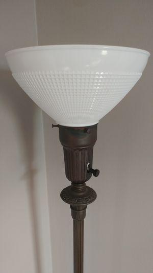 Antique floor lamp, works for Sale in Garner, NC