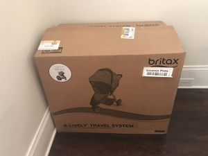 Britax B-lively travel system (car seat and stroller) for Sale in Cleveland, OH