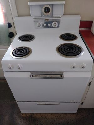 Antique Frigidaire Stove for Sale in Frederick, MD