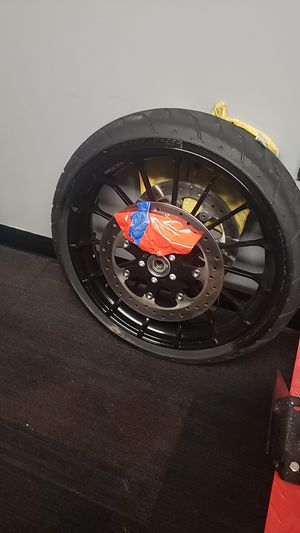 2018 road glide special front wheel and tire for Sale in Fort Washington, MD