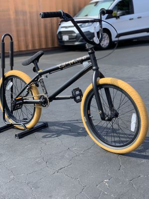 Giant Method 00 Bmx Bike for Sale in Westminster, CA