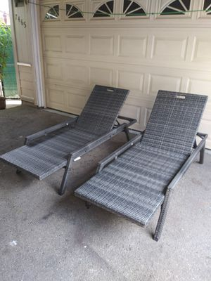 Outdoor patio chaise lounge chairs, pool furniture loungers for Sale in Los Angeles, CA