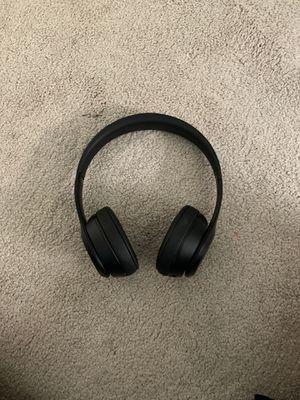 Beats solo 3 black for Sale in Boca Raton, FL