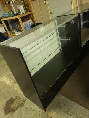 48 inch Display case for Sale in Pleasant Hills, PA