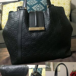 AUTHENTIC PRELOVED GUCCI BLACK GUCCISSIMA LEATHER TOTE BAG for Sale in San Lorenzo, CA