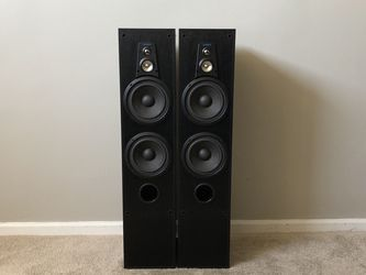 Jensen C-7 3 Way Tower Home Floor Standing Speakers for Sale in Mount Prospect,  IL