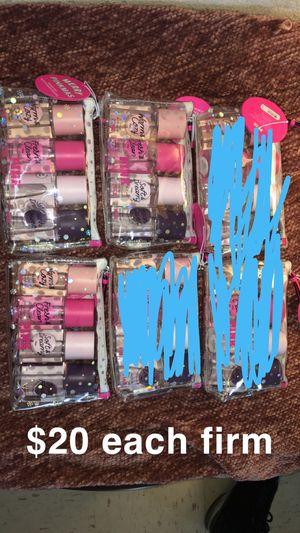 Vs pink for Sale in Fresno, CA