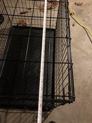 Medium size metal dog kennel for Sale in Grafton, MA