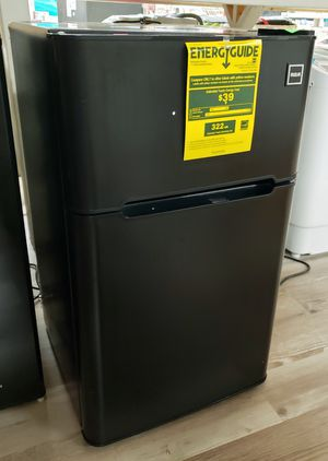 NEW RCA 3.2 Cu.Ft Mini Refrigerator Freezer: njft appliances for Sale in Burlington, NJ