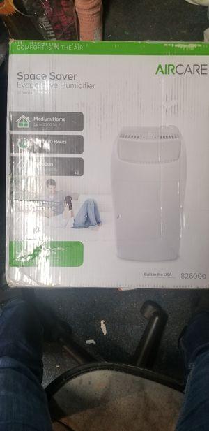 Aircare evaporative humidifier for Sale in Phoenix, AZ