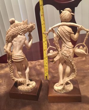 Very beautiful an antique figure set$30 Plastic for Sale in Pawtucket, RI