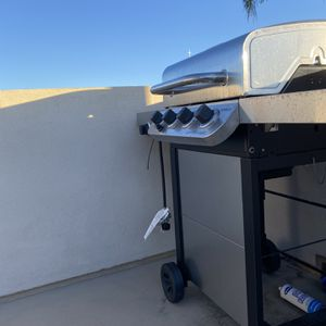 BRAND NEW: Outdoor Grill for Sale in Hermosa Beach, CA
