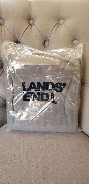 "New Lands' End 50""x70"" Plush Fleece Throw Blanket Light Gray FREE SHIPPING Comes from a pet-free and smoke-free home. for Sale in Ventura, CA"