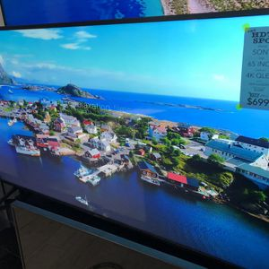 65 INCH 4K ULTRA HD QUANTUM LED SMART ANDROID TV SONY 800H qled for Sale in Los Angeles, CA