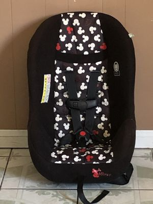 MICKY MOUSE CONVERTIBLE CAR SEAT for Sale in Riverside, CA