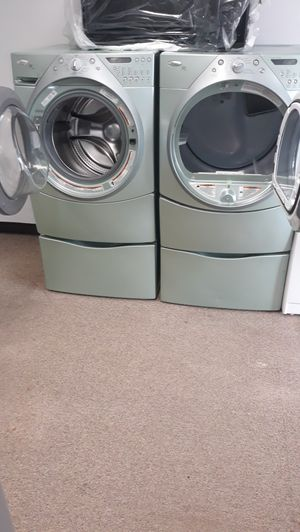 Green front load washer and dryer set excellent condition for Sale in Laurel, MD
