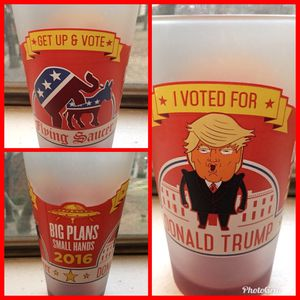 """Collectible 2016 """"I VOTED FOR TRUMP"""" Pint Glass for Sale in Austin, TX"""