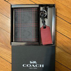 Brand New Coach Wallet for Sale in Oak Park, IL