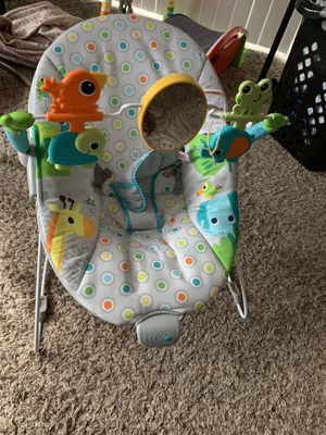 Bouncer seat Vibrating for Sale in Jackson, MS