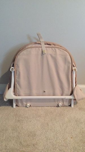 Summer Infant Co-sleeper for Sale in Aldie, VA