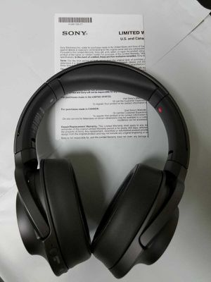 SONY WH-H900 h.ear on 2 Bluetooth noise canceling stereo headphone for Sale in Las Vegas, NV