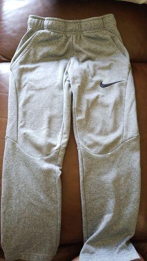 Kids Nike dri-fit size s for Sale in Kennewick, WA