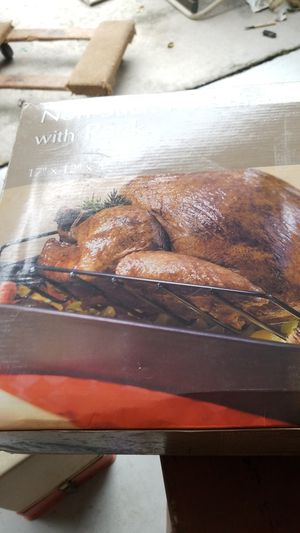 Good cook non stick roast pan with rack for Sale in Wesley Chapel, FL