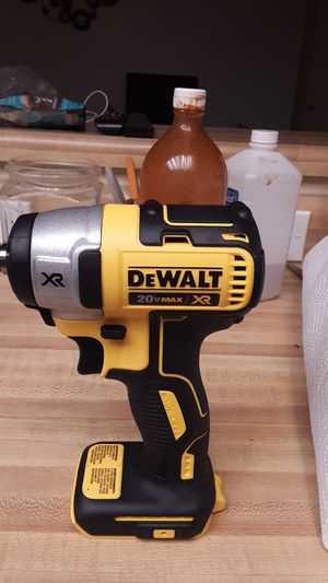 DeWalt 20-volt Max XR 3/8 impact wrench for Sale in Oceano, CA