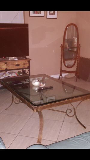 I'm selling this Glass table for Sale in Las Vegas, NV