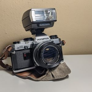 Olympus OM-10 35mm film camera for Sale in Long Beach, CA