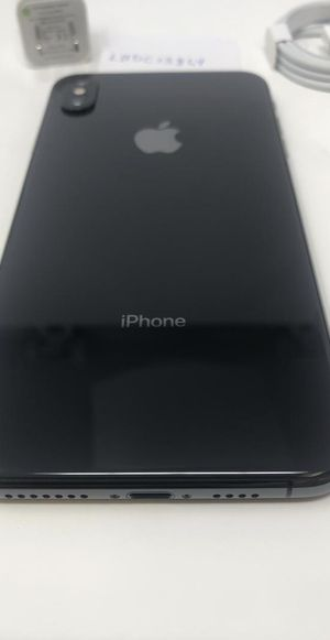 iPhone XS Max Unlocked (64gb) for Sale in Milwaukee, WI