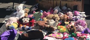 Plushies!!!!! Toys bundle lots for Sale in Glendale, AZ