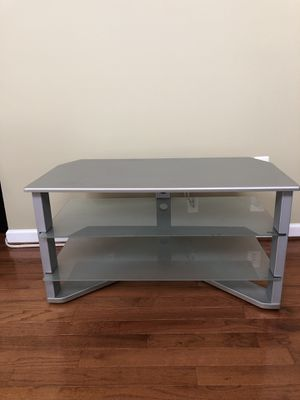 Z Line TV stand Fits TV's up to 50 Inch! for Sale in Alexandria, VA