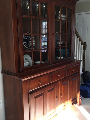 Nichols and Stone Dining Room Table/leaf/6 chairs/China Hutch for Sale in Haymarket, VA