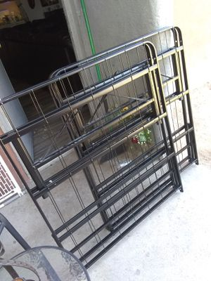 King bed frame. for Sale in Phoenix, AZ