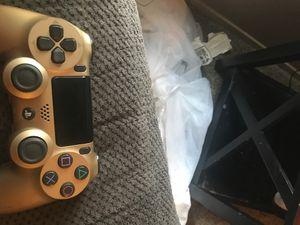 Golden ps4 controller for Sale in Sacramento, CA