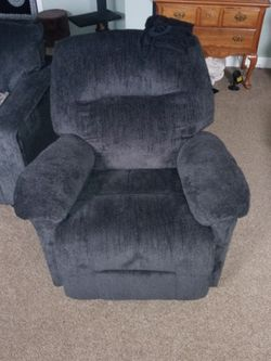 Recliner BRAND NEW for Sale in Morgantown,  WV