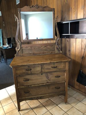 Antique Oak Dresser with Mirror for Sale in La Mirada, CA