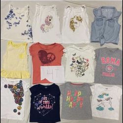 Girls Clothing T-shirts , Tops It's Lightly Used Size 4T Each For $3 for Sale in Sunol,  CA