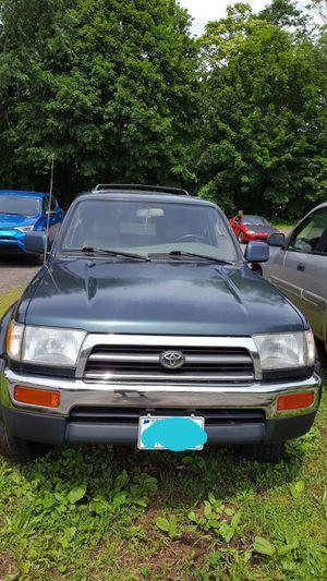 Toyota 4runner 1996 for Sale in Meriden, CT