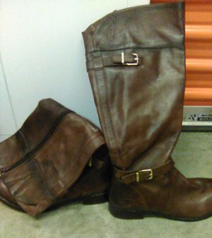 Leather brown boots for Sale in St. Louis, MO