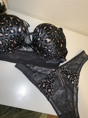 6eba941d51c75 New Victoria Secret Bombshell Bra   marching Panties for Sale in LEWIS  MCCHORD