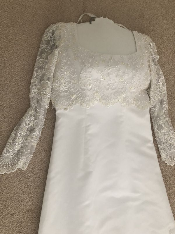 A line Size 14 Wedding Dress paid $750 asking $75