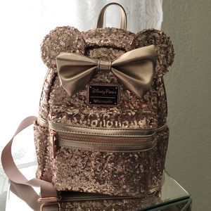 Loungefly Minnie Mouse backpack - rose gold for Sale in Los Altos, CA