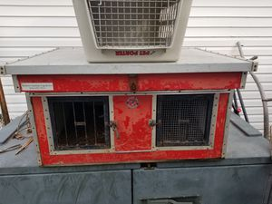 Hunting dog box kennel for Sale in Sioux Falls, SD