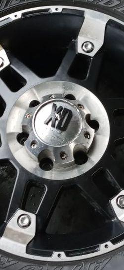 Set De Rines 18x 8 Con Llantas 275 70 18 En Buenas Condiciones Para Toyota Tacoma for Sale in Long Beach,  CA