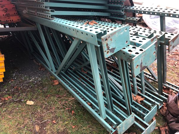 Heavy Duty Pallet Racking 34 inches wide by 15 ft tall